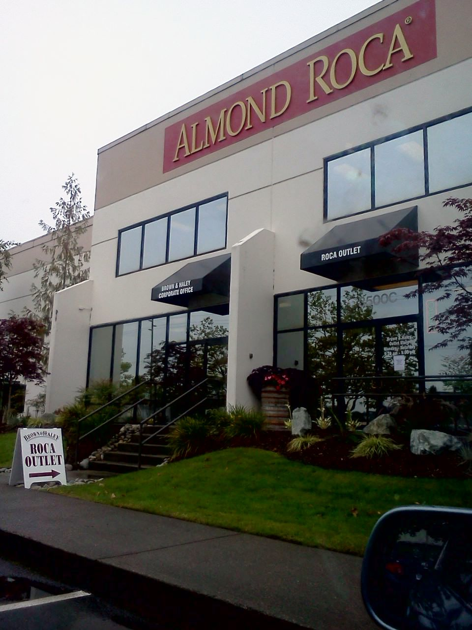 Almond Roca Chocolate Factory Outlet